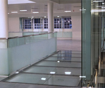 Picture showing 1 of 4 fire-rated glass floor bridges bakerstreet offices